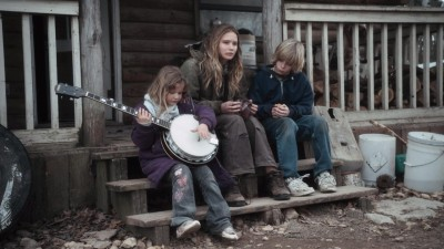winters bone film essay In a backwoods world in the missouri ozarks so harsh and unforgiving that it takes one's breath away, winter's bone finds a heroine who could not exist.