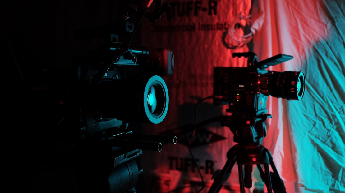 The ARRI Alexa Mini and the Red Epic-W equipped with Leica Summicron-C Lenses.