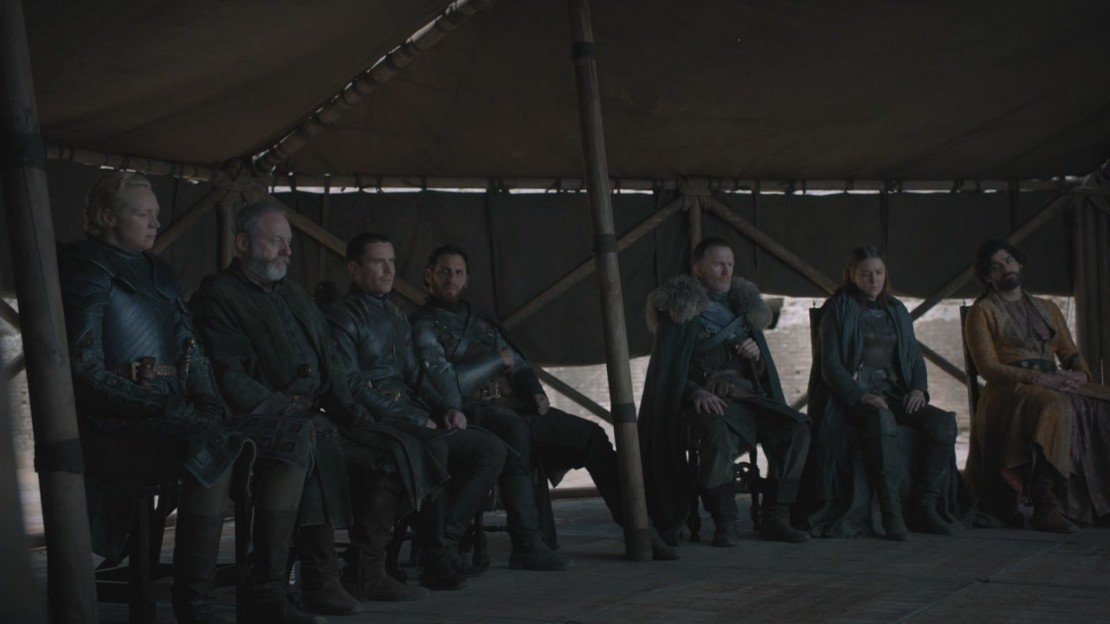 'Game of Thrones' Goofs Again, This Time with Water Bottles