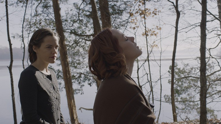 Riley Keough and Jena Malone in Lovesong