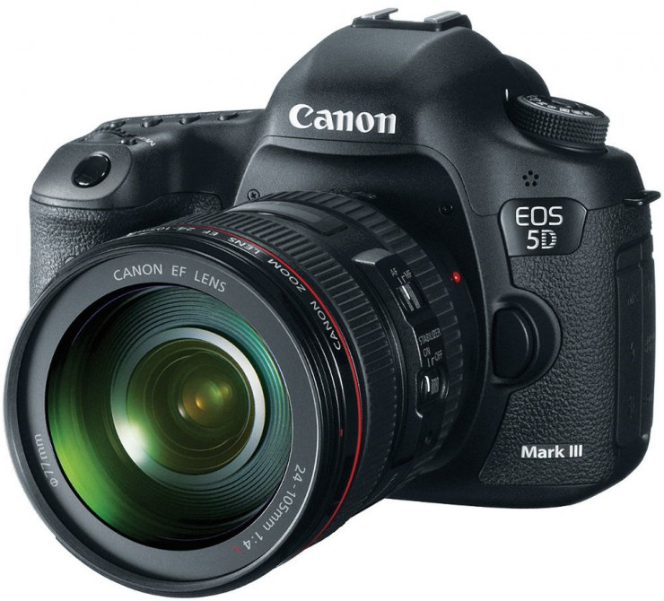 Canon 5D Mark III with 24-105