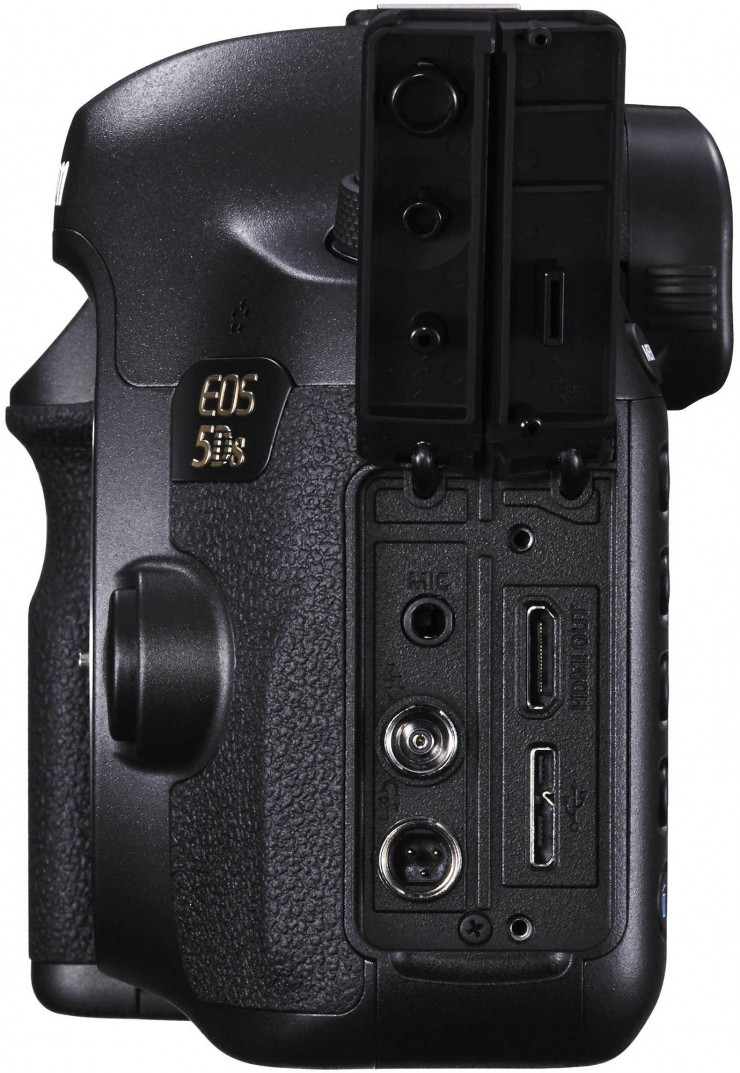 Canon 5DS Ports