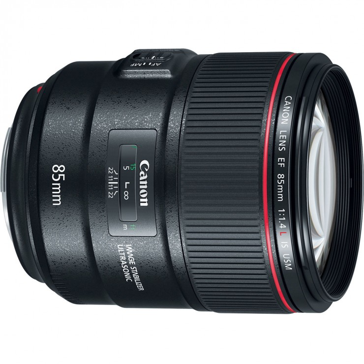 Canon 85mm f/1.4L IS lens