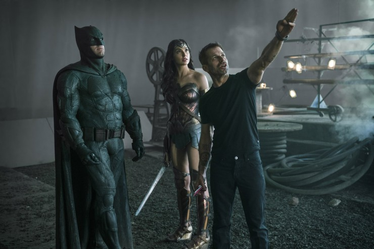 Zack Snyder directing on the set of 'Justice League'