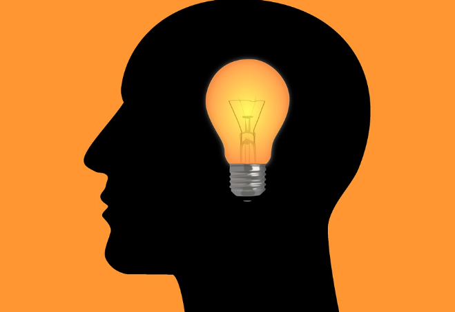 How to write an elevator pitch, lightbulb