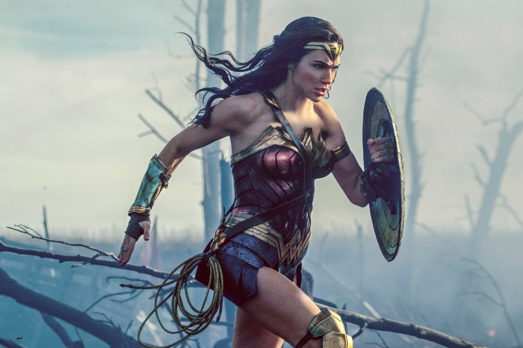 Watch How Wonder Woman Uses Color To Tell A More Dynamic Story