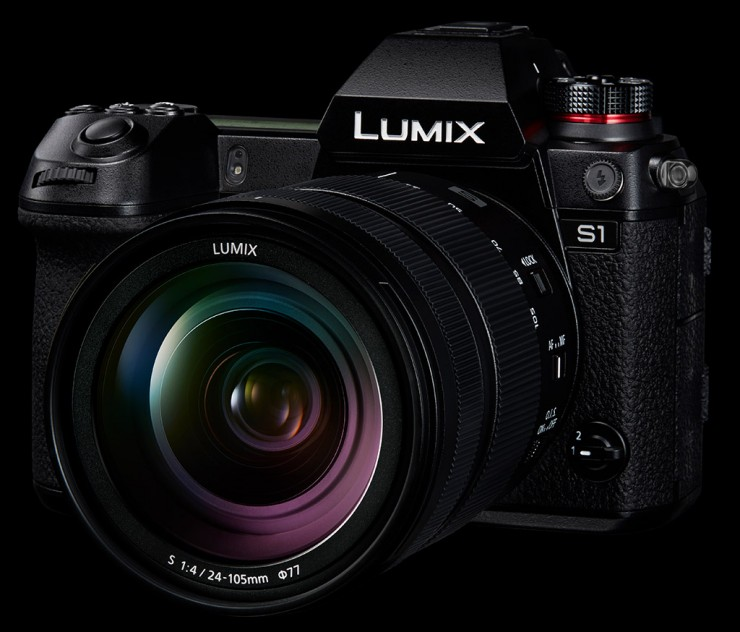 The Panasonic S1 can shoot 6K video in burst mode