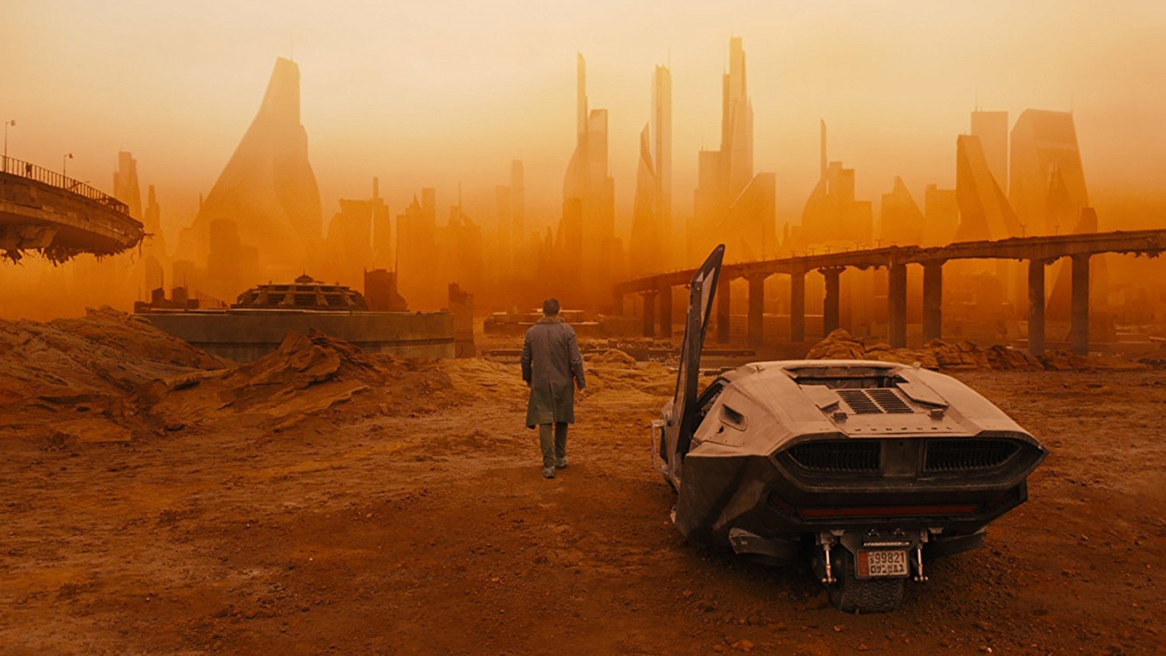 Watch: Explore the Epic 'Blade Runner 2049' Set and Props in