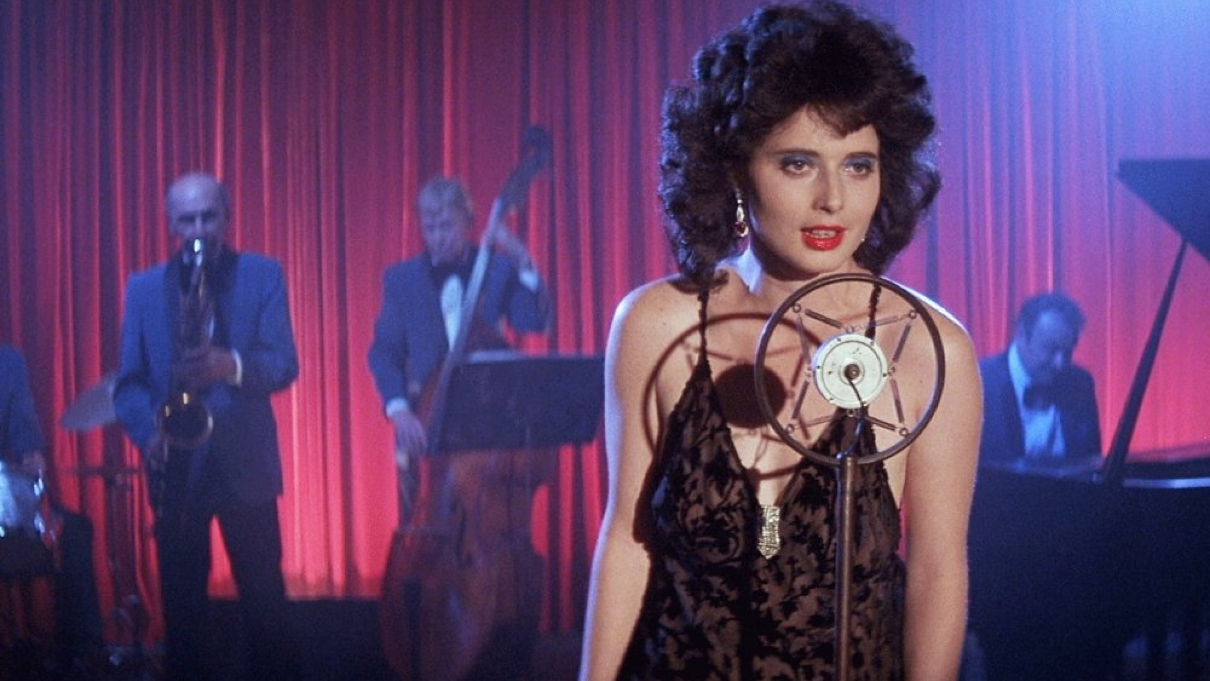 David Lynch's 'Blue Velvet' is Headed to the Criterion Collection
