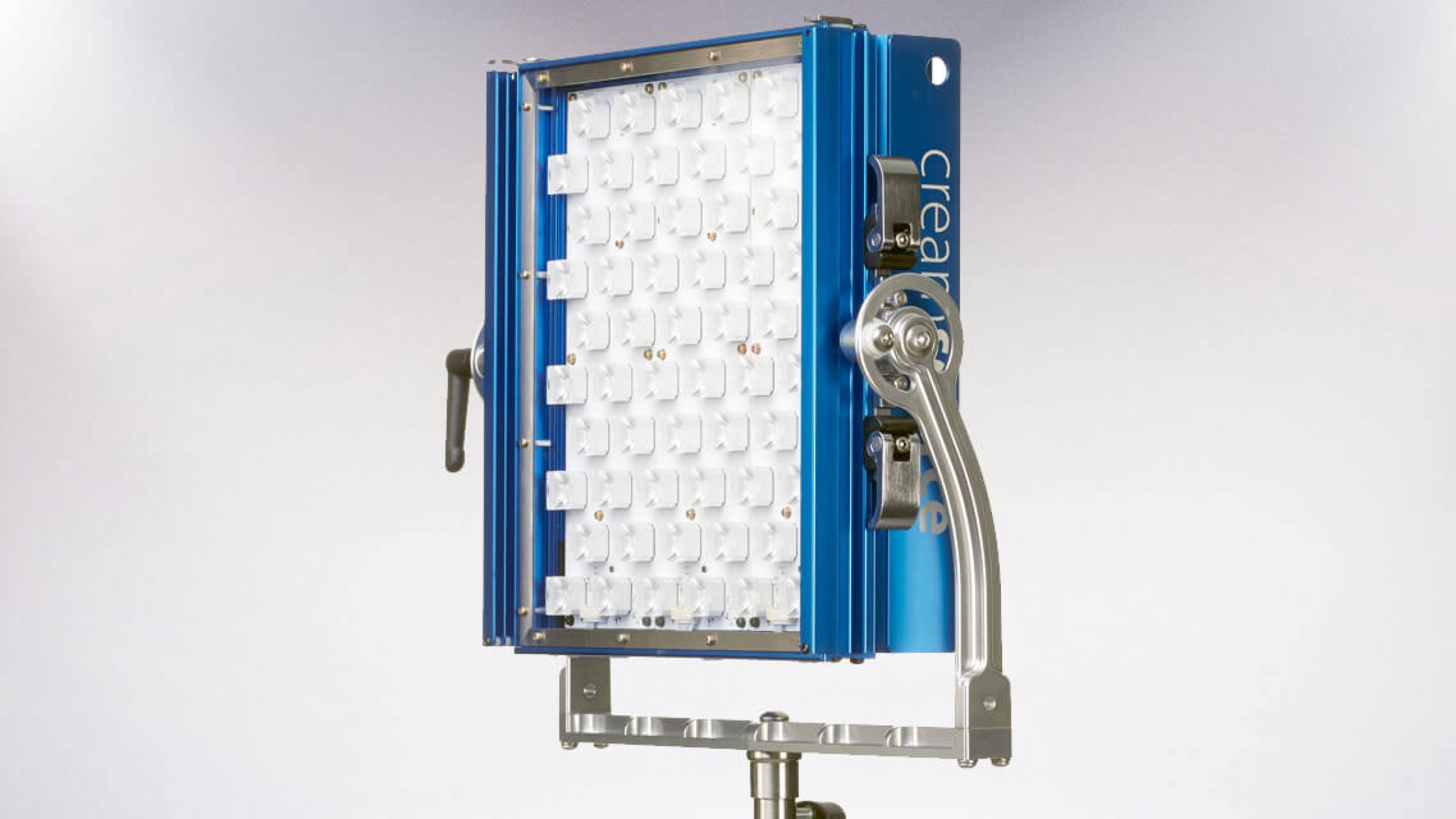 This New 80W Micro LED Packs the Same Punch as 200W HMIs