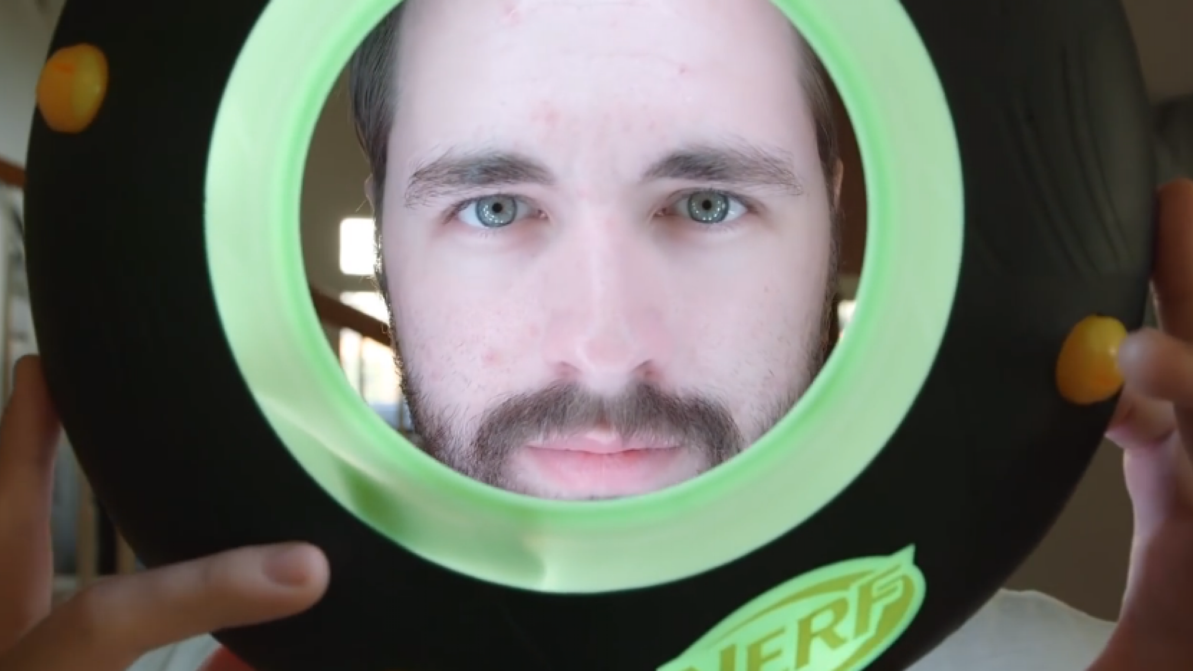 Tutorial: Make Your Own $30 Ringlight Using LED Light Strips & a Frisbee