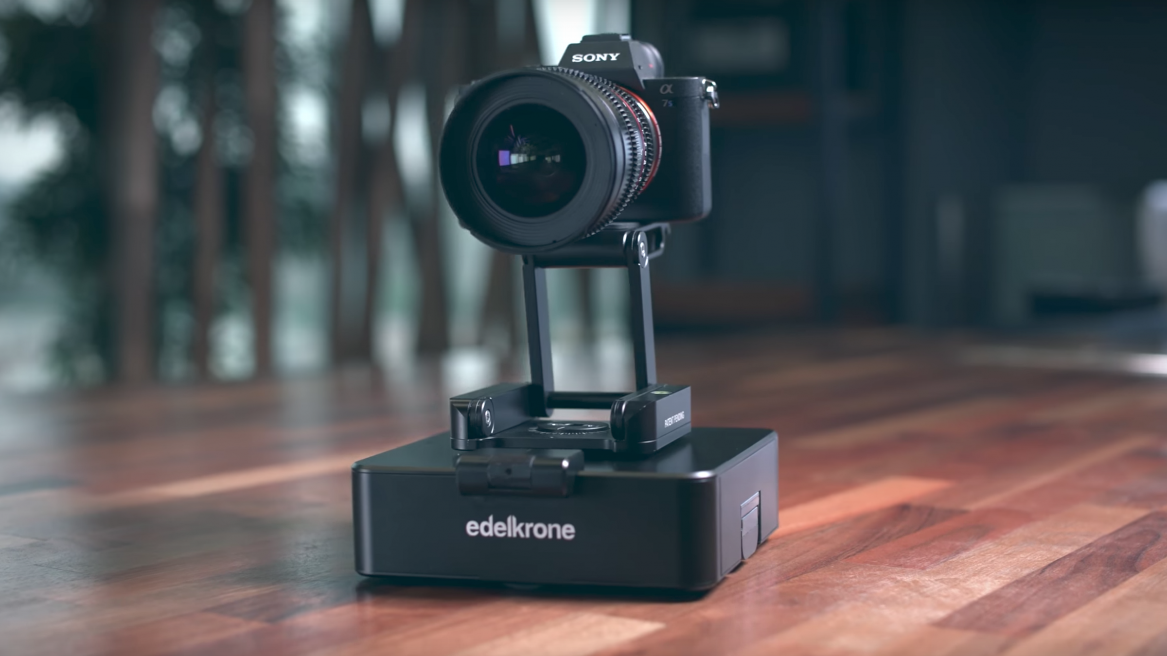 Edelkrone SurfaceONE Offers Affordable Dual Axis Motion Control