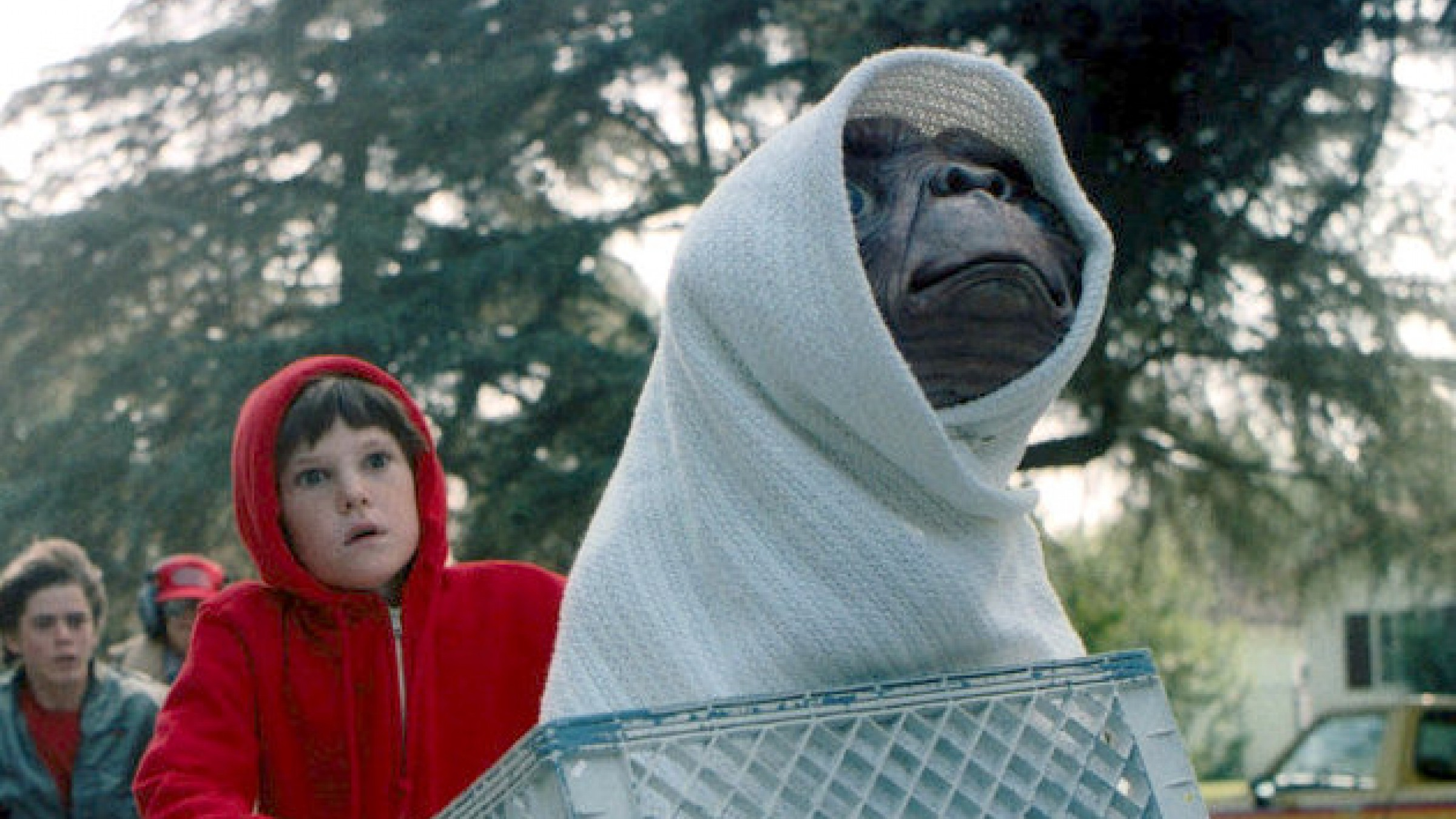 Try Not to Cry While Reading This Vintage 'E.T.' Review by Roger Ebert