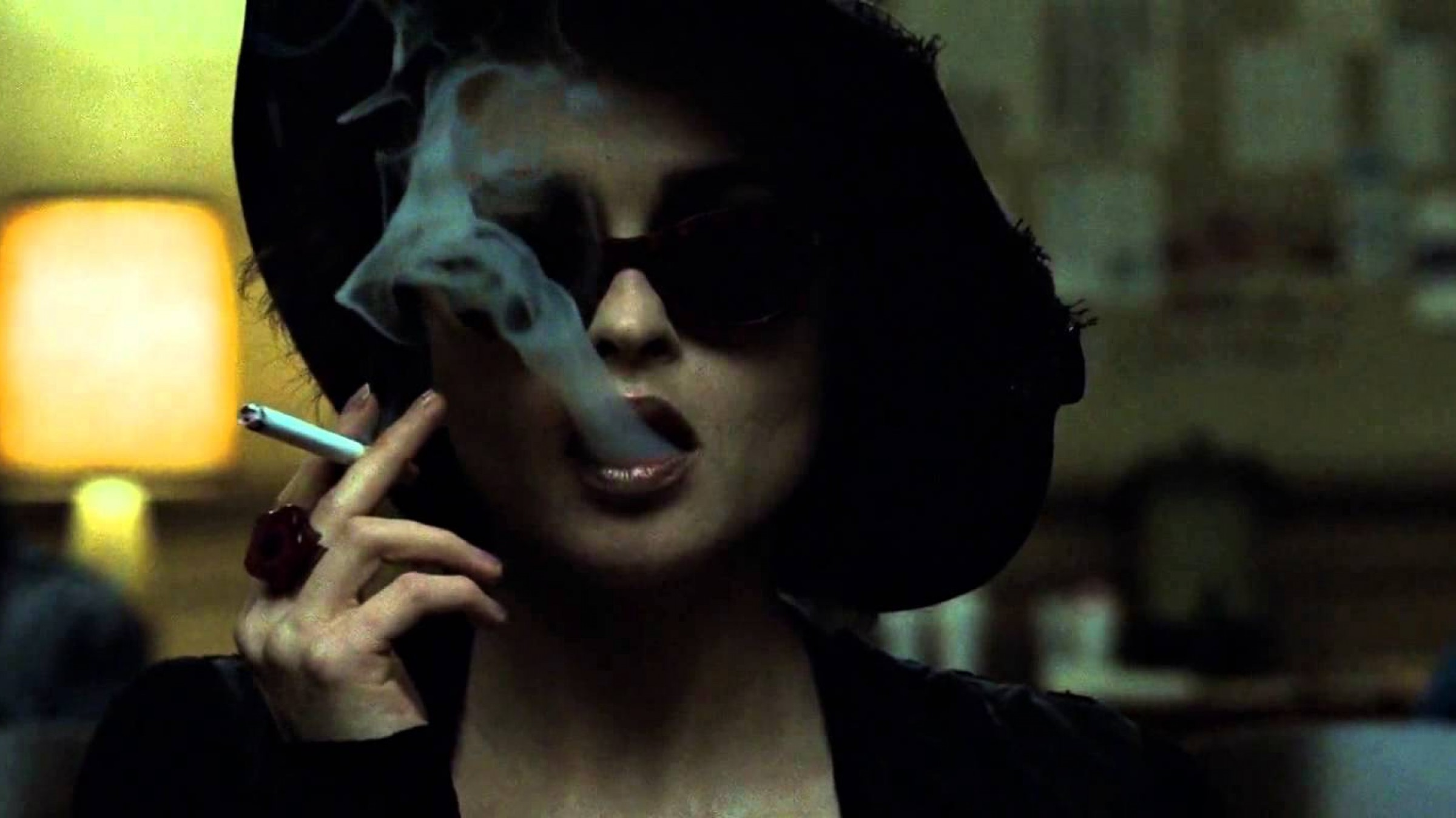3 Ways David Fincher Uses Color to Completely Mess with Your Head