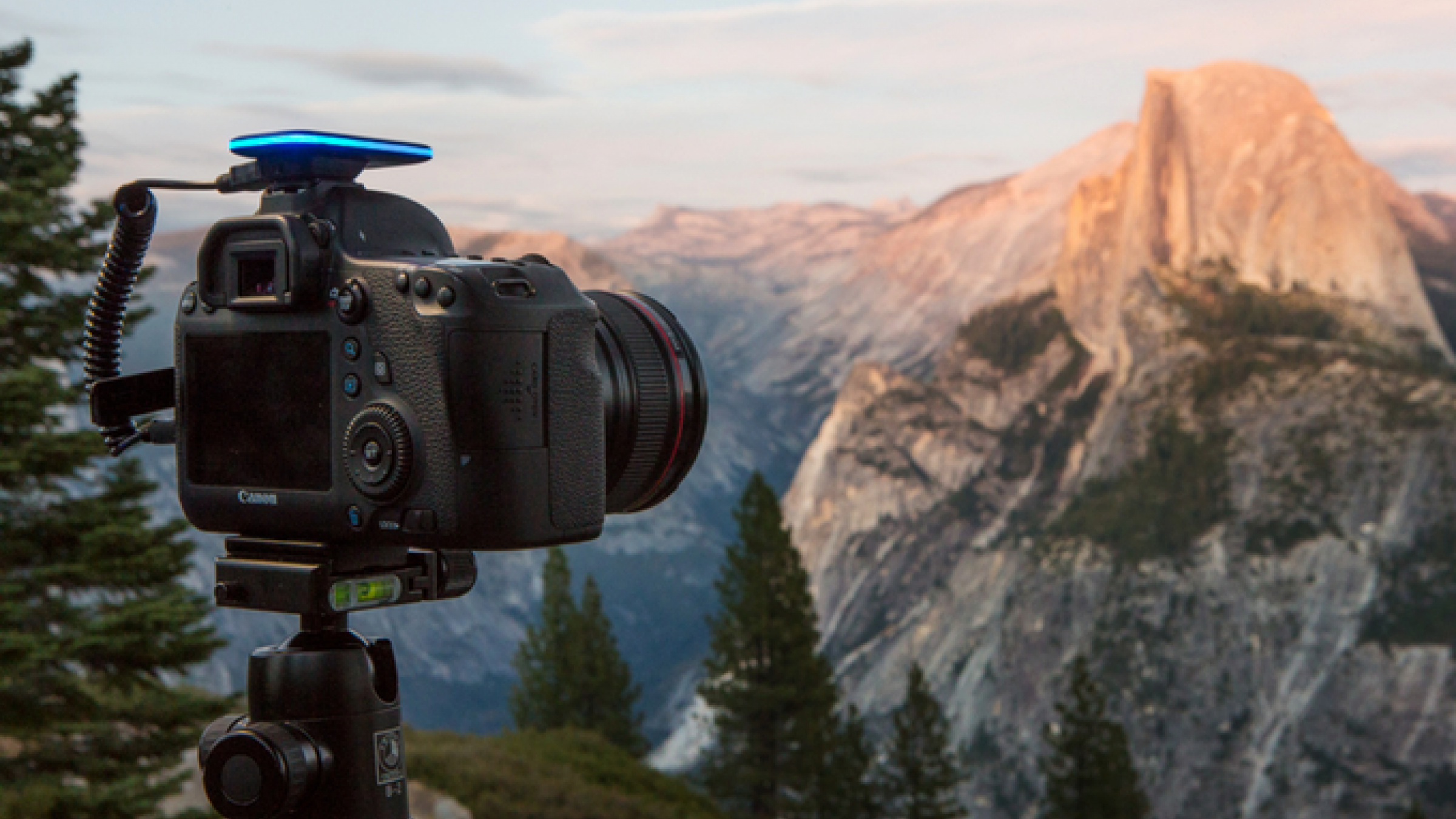 This Powerful Little Gadget Gives You Full Wireless Control over Your DSLR for Just $74