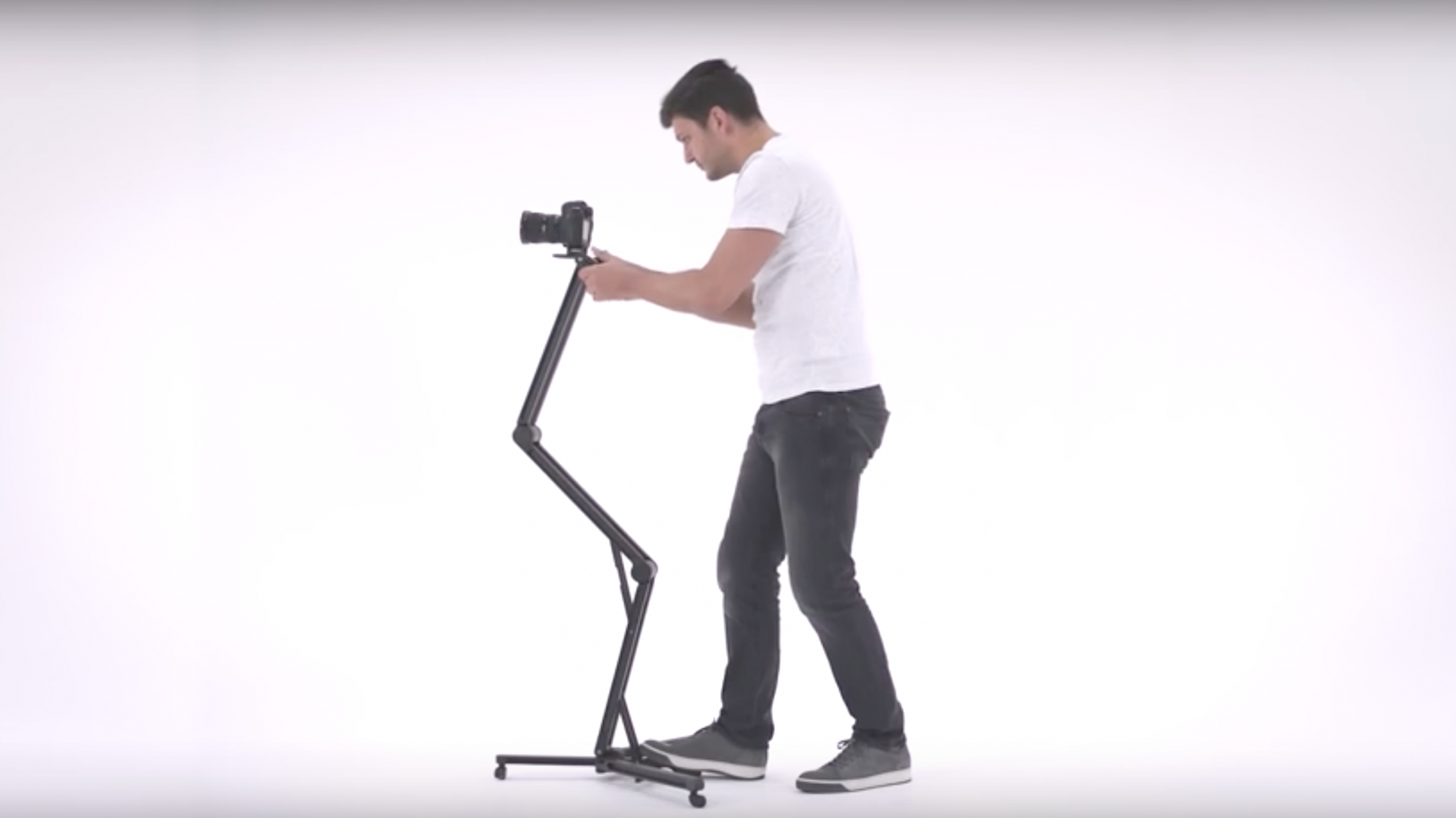 Edelkrone Unveils New Rig, Follow Focus and First of its Kind Tripod
