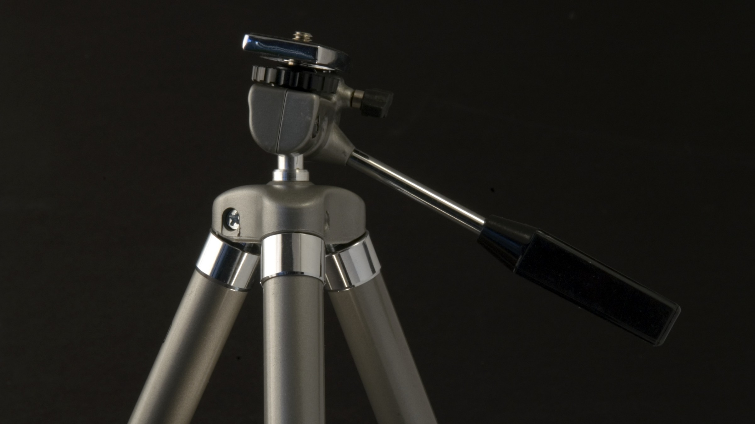 Need to Store Your Tripods & C-Stands? This is a Great, Cheap DIY Solution