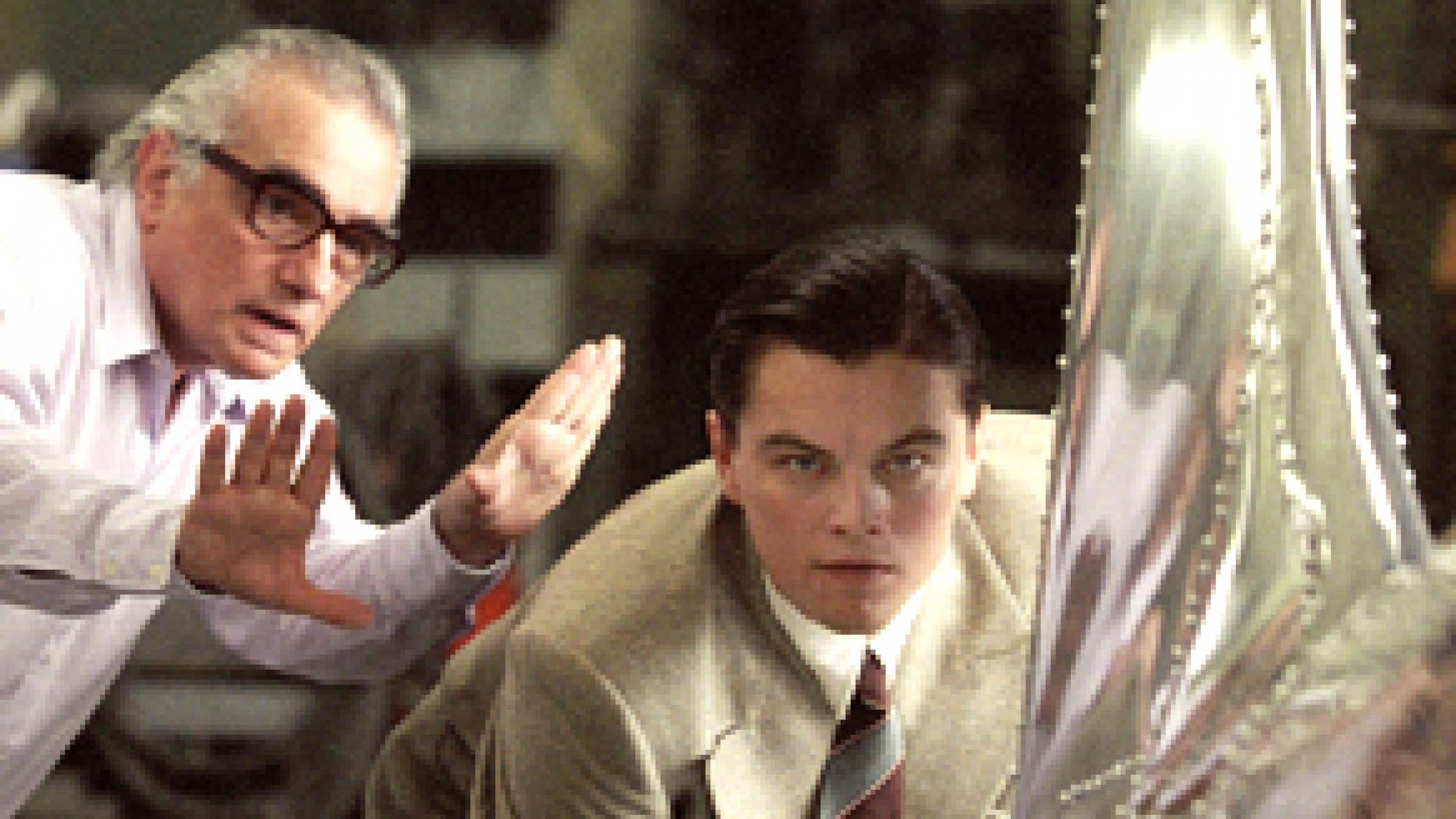 a review of the film the aviator by martin scorsese Martin scorsese's the aviator is big, loud, audacious and totally disinteresting to those (including me) who are fed up with so-called biopics, whatever that term's supposed to mean fans of mr scorsese's work—and, except for alice doesn't live here anymore, this writer is not among them—will probably worship watching.