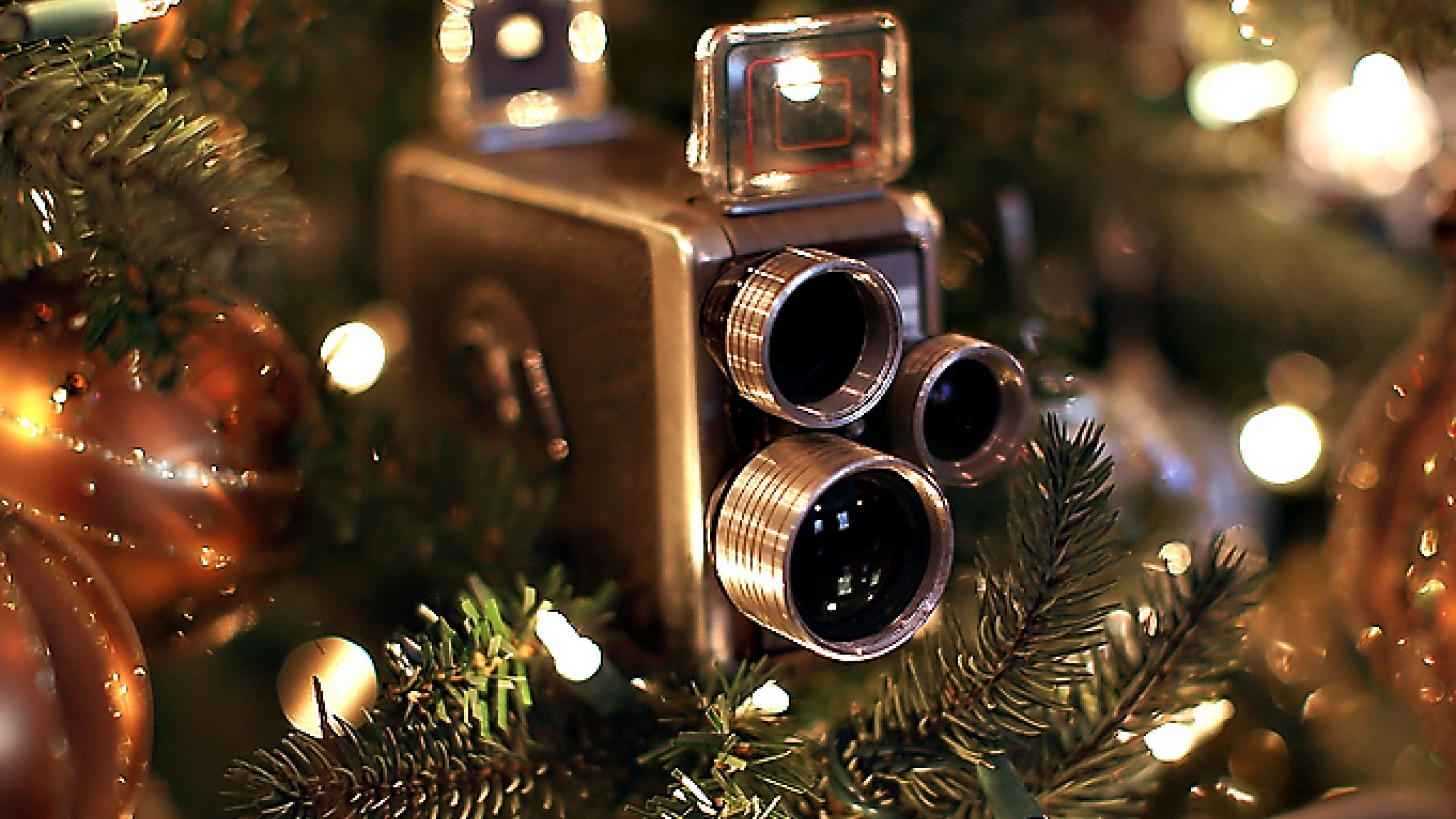 Last-Minute Holiday Gift Guide for Filmmakers