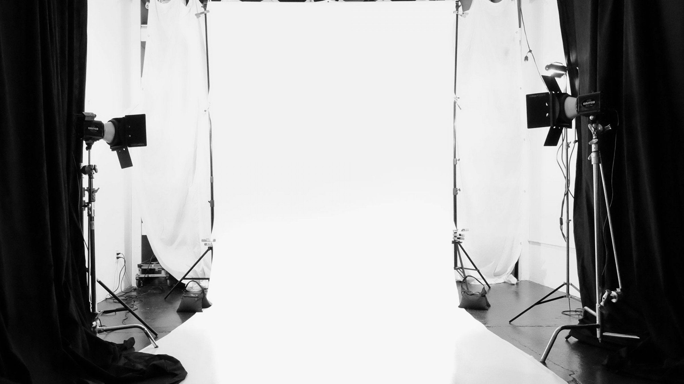 How to light shoot a seamless white background from start to finish