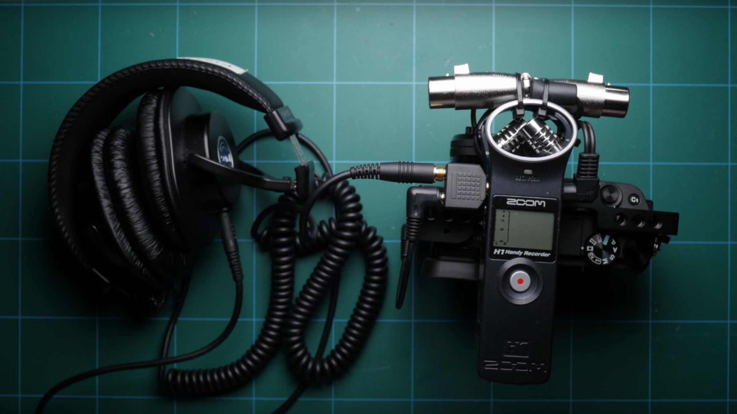 Tutorial Upgrade Your Zoom H1 Recorder With This 15 Diy Hack