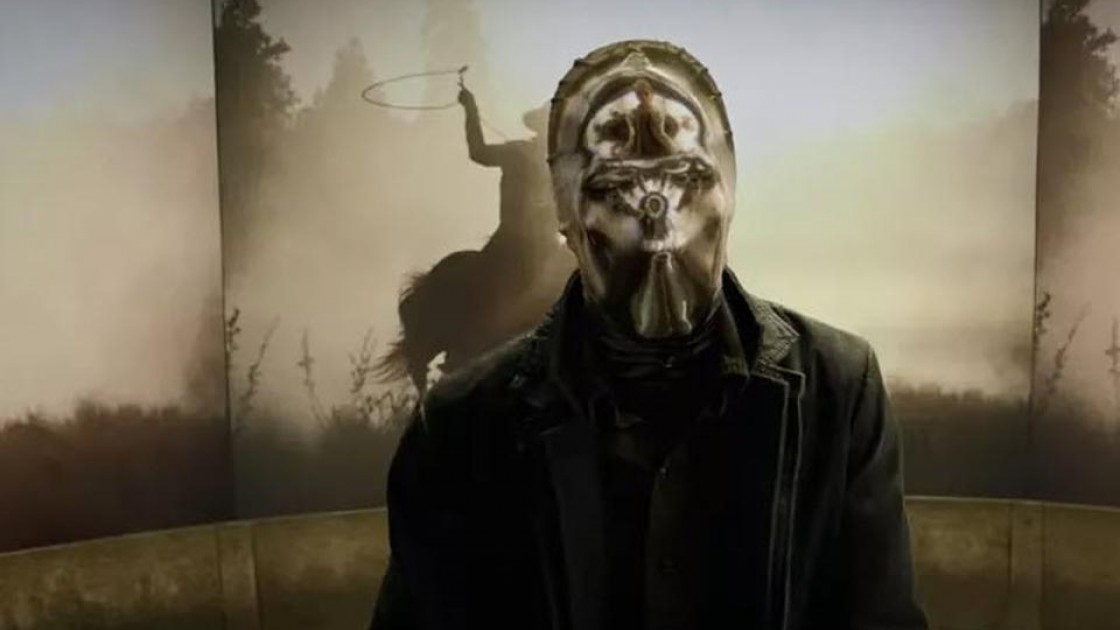 How the Hell Does 'Watchmen' Shoot Looking Glass' Mask?