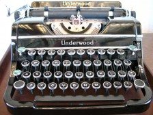 Underwood typewriter (CC Flickr user mpclemens)